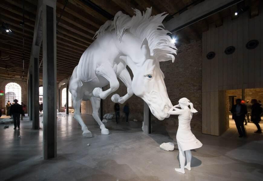 Claudia-Fontes-The-Horse-Problem